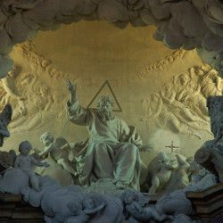 The sculpture of the Glory (Giuseppe Mazza) - Orizzonti di pianura