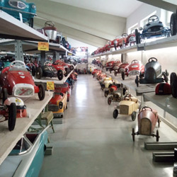 Giocars. Museum of moving toy
