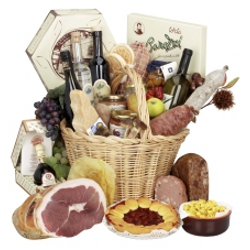"Basket of typical products - Wine and flavours route ""Cities, castles and cherries"""
