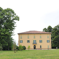 Estate a Villa Garagnani