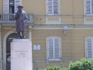 Monument dedicated to Giuseppe Massarenti - Comune di Molinella